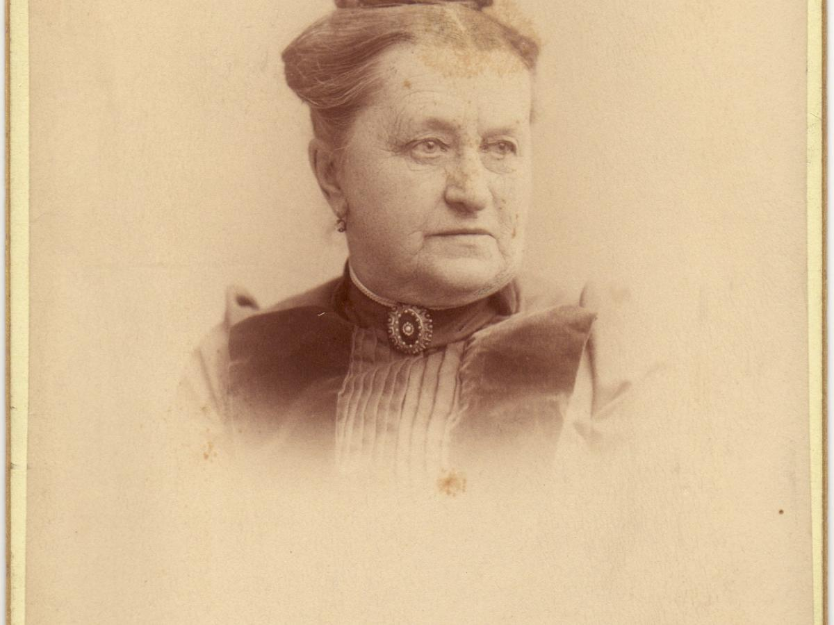Jane (Mrs Henry) Knowles
